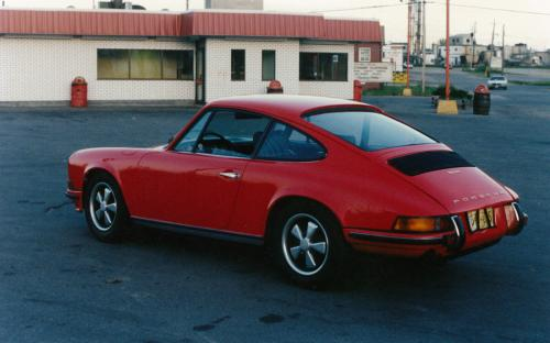 "A European specification 1969 Porsche 911S at our next lot location, 1405 Hammond, beside what is now Burger World. That summer Terry had two 911s in stock, ""two 69 911s came up for auction at Manheim Toronto that summer, and I bought em' both"", he recalls."