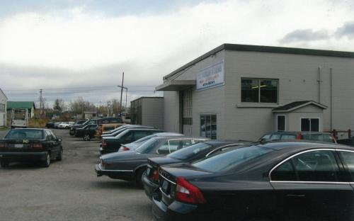 The 1345 Franklin facility was not the prettiest and lacked proper frontage but its 6000 square ft garage allowed us to grow the operation even more. Another move would be required in 2010.